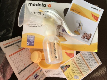 Medela Manual Breast Pump Review Yourbreastpumps Com